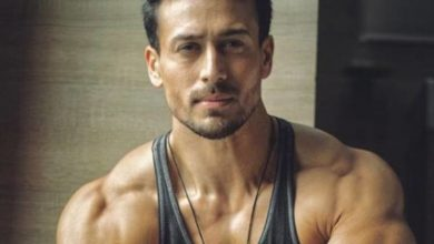 Photo of Tiger Shroff Biography